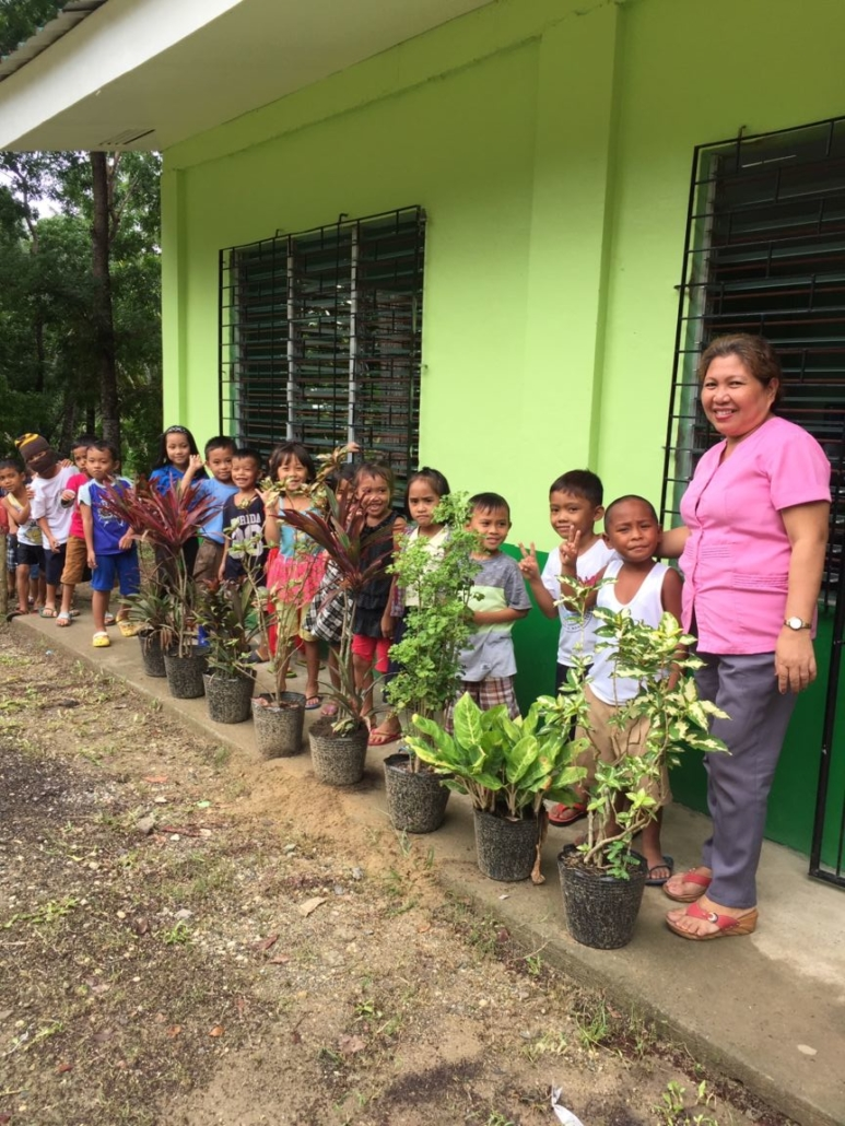 Montana on a Mission feeds a healthy lunch to 126 students at Calunasan Sur elementary school each day.